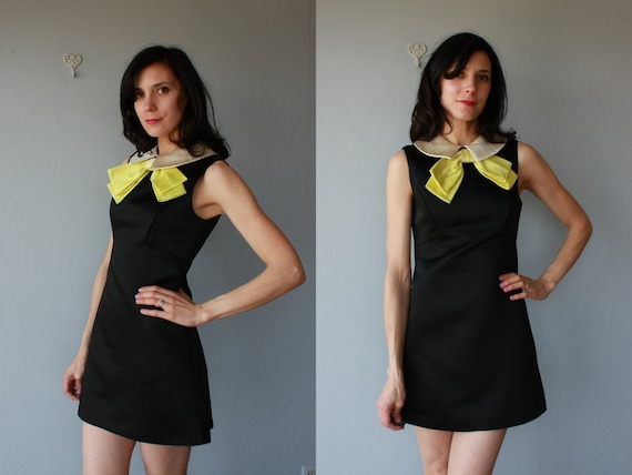 60s dress / 1960s dress / Carnaby Street dress - size small