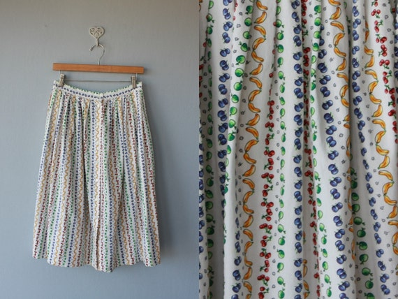 novelty print skirt  / midi skirt / 80s cotton skirt / 1980s fruit print skirt