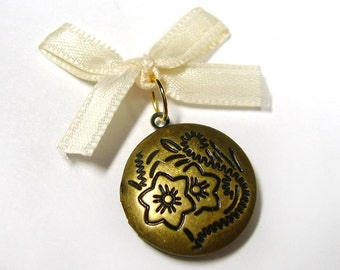 Wedding Day Memorial Locket Charm - Bronze Round - Includes Picture Printing Service