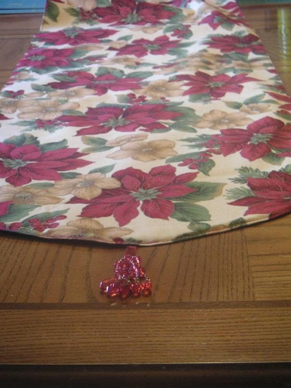 Red Poinsettia Cotton Print Christmas Table Runner