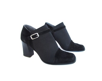 Vintage 90s Black Italian Suede Leather Chunky Heeled Soho Chic  Avant Garde Ankle Boots 9