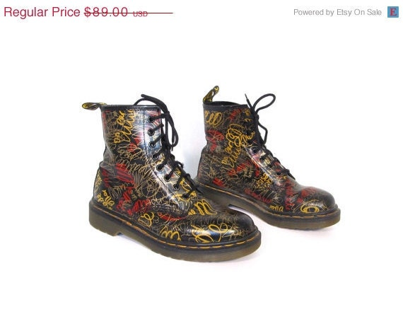 Valentines Day Sale Vintage Doc Marten GRAFFITI Leather Combat Punk Grunge Boots womens 6.5