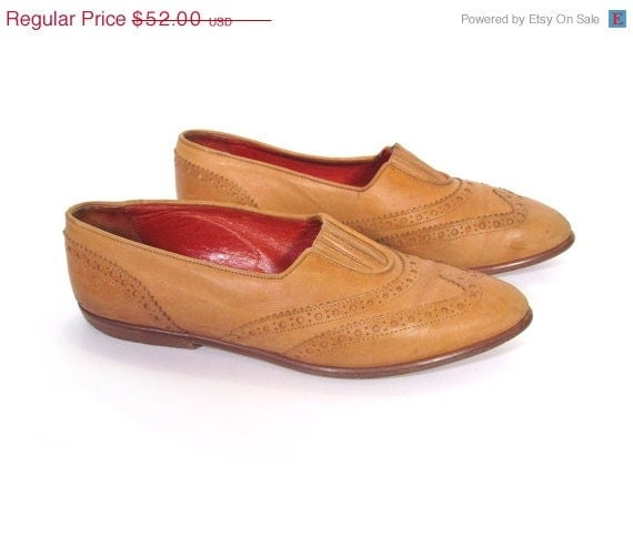 ON SALE Vintage Joan and David Preppy Leather Southwestern Ankle Flats womens 8
