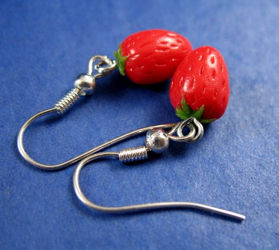 Miniature Food Jewelry Red Strawberry Dangle Earrings