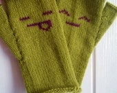 "Green Fingerless Gloves - ""Am I Bovverd"" gloves - cute, fun gloves - happy smiley emoticons - green mittens women - green gloves women"