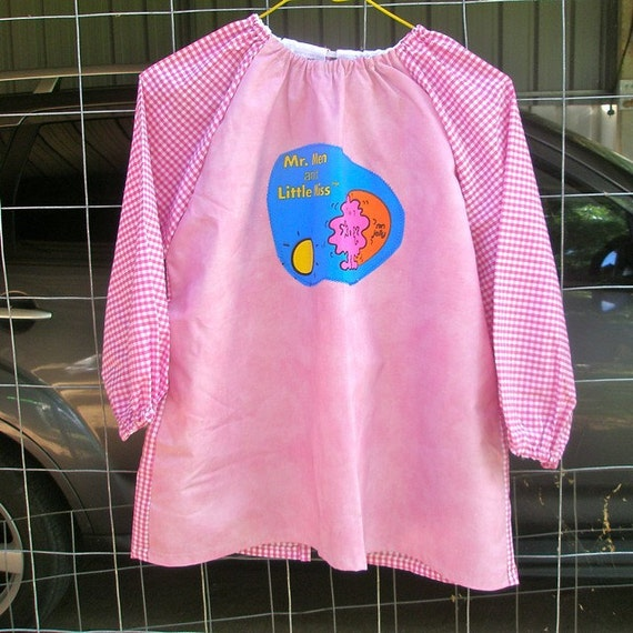 Preschool child's art smock, age 3 to 4years Mr Men and Little Miss