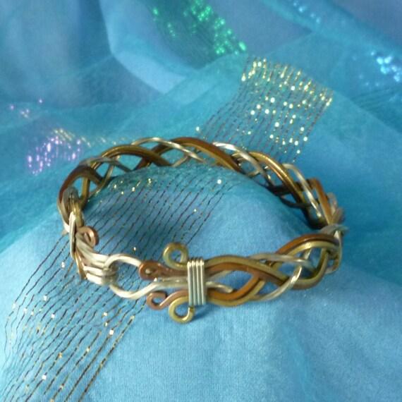 Vintage Three Color Metal Twisted Bracelet Clasp Bangle