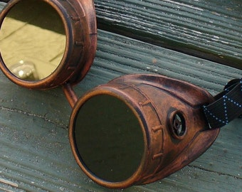 Steampunk Time Travel Crazy Scientist's Oculo-Vision Tool--redred