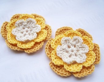 Appliques 2 hand crochet flowers off white yellow gold 3 inch embellishment
