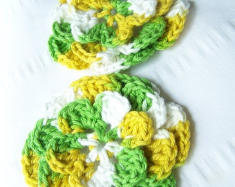 Crocheted flower motif 2 appliques 3.5 inch daisy multi