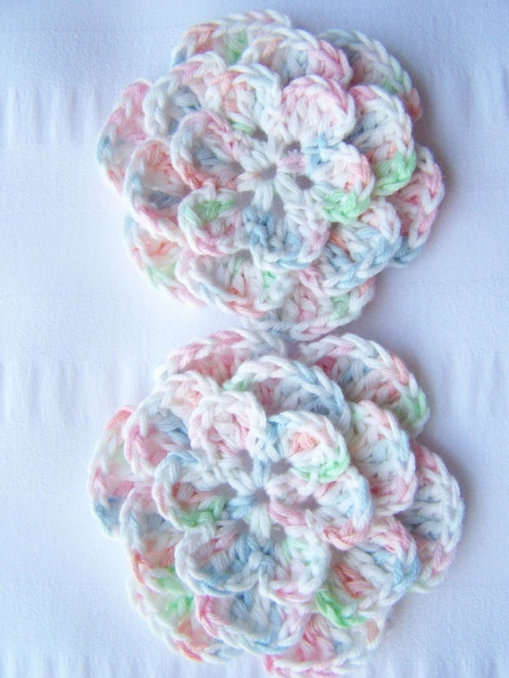 Crocheted flowers 2.5 inch baby color
