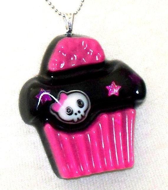 Creepy Lil Cupcake (Skull Resin Necklace) Neon Pink Stars