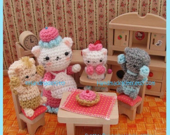 Three Little Kittens Amigurumi PDF Crochet Pattern by HandmadeKitty