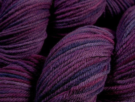 Worsted Weight Superwash Merino Lambswool Yarn, Hand Dyed - Blackberry Tonal