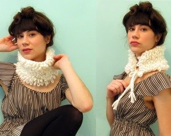 Hand Knit LOOP STITCH Ear Warmer/Collar in SNOW / 3 Colors Available