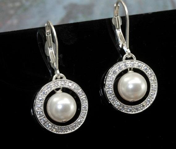 Pearl Earrings, Wedding Earrings, Pearl Bridal, Rhinestone Earrings, Vintage Style Jewellery, leverback earrings, Pearl Drop