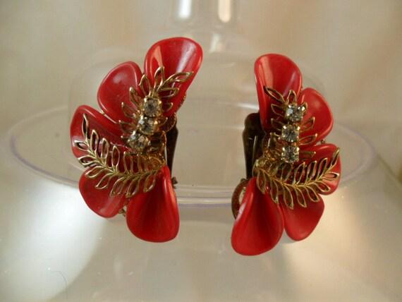 True RED vintage Earrings Three Rhinestones Gold Leaf