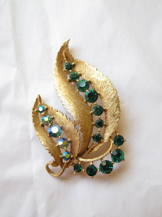 Gold Vintage Feather Brooch - Blue And Green Rhinestones