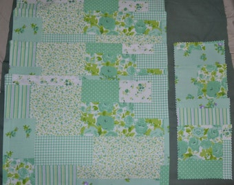 Set Of 4 Faux Patchwork Green & Purple Cottage ROSES Triple Layer Table Placemats PLUS 4 Drink Coasters