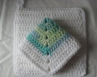 Dishcloth and potholder set