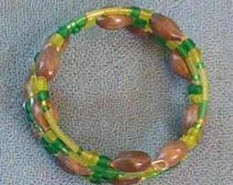 Handmade Hawaiian Job's Tears bracelet with green and yellow seed beads