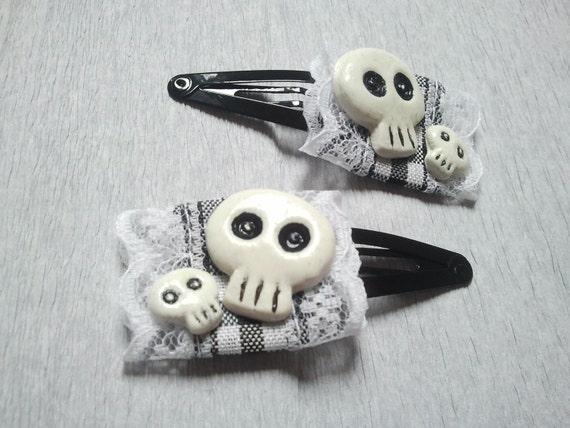 Skull Hair Clips - White lace, gothic lolita, rockabilly, halloween