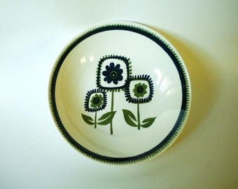 Royal Ironstone by Royal China Large Serving Bowl with Stylized Funky Daisy Print in Navy and Avocado Green