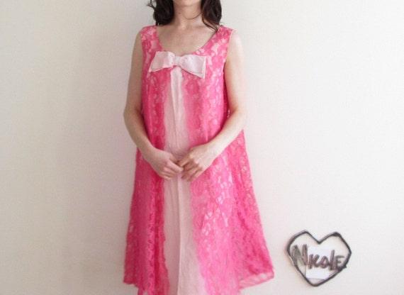 mod lace shift dress (valentine bridesmaid of DREAMS) .medium .sale