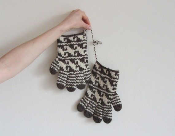 thick wool ecuadorian peruvian eskimo gloves .men.women .sale s a l e