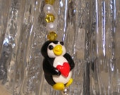 PENGUIN WITH HEART polymer cellphone charm
