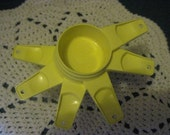 Vintage Tupperware Yellow Measuring Cups Complete Set Of 6