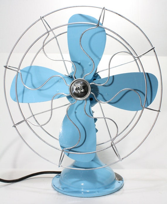 Refurbished Vintage Robbins & Myers Blue Oscillating Electric Fan