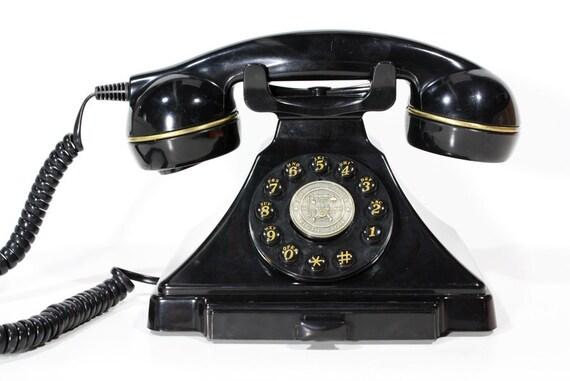 Retro Classic Telephone