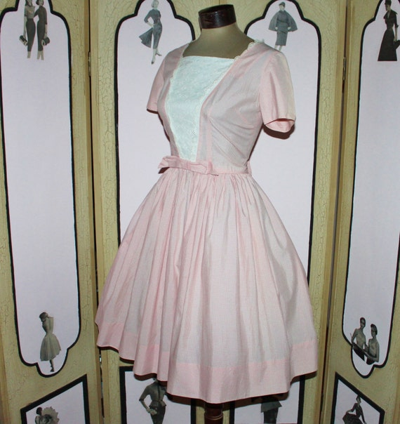 Vintage 50's Pink and White Gingham Summer Picnic Dress with Lace Panels. Small.