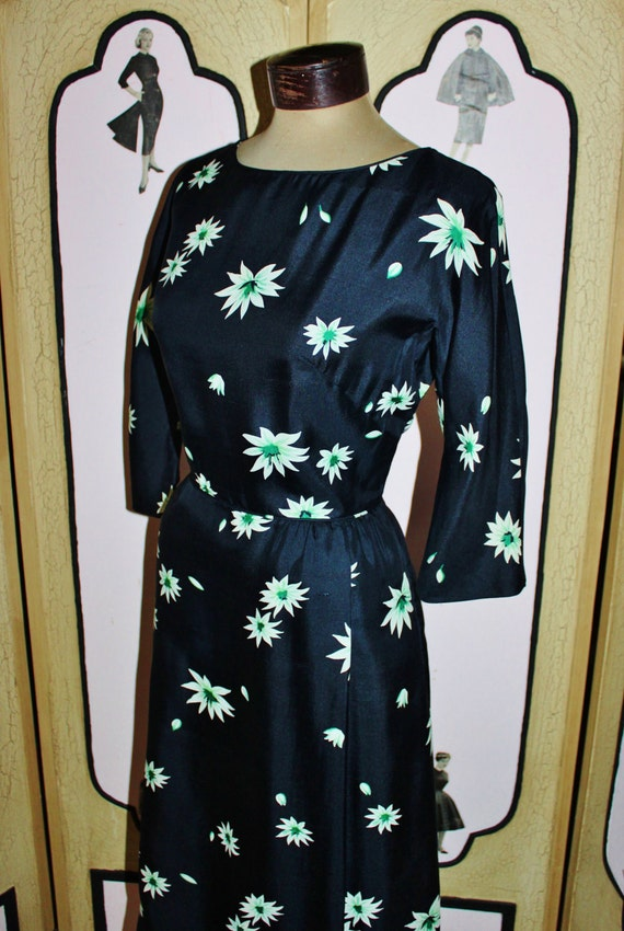 Vintage 1950's Silk Dress in Navy with Emerald Green and White Flowers, from I.Magnin &Co. MINTY. Medium to Large.