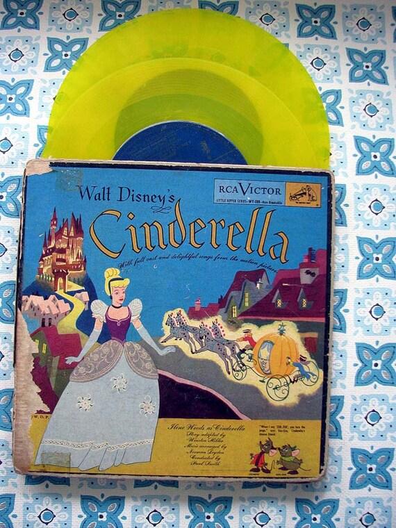 Vintage 1949 Disney Cinderella Record and book Gold Vinyl