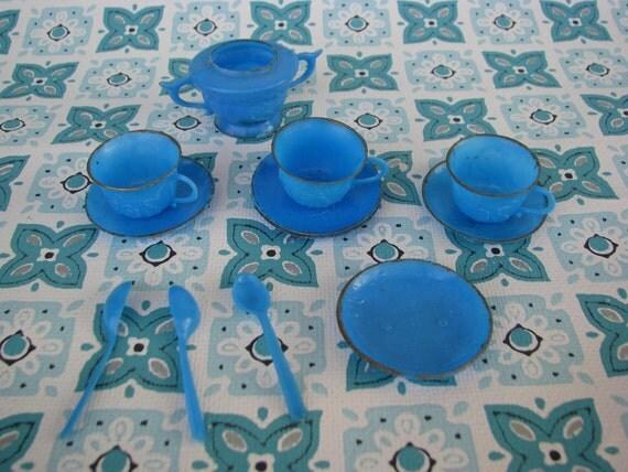 Teeny Tiny Vintage Blue Plastic Dishes