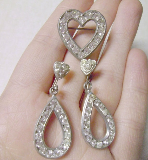 Vintage Rhinestone Pot Metal Heart Demi Brooch and Matching Earrings
