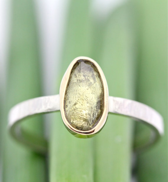 Rose Cut Green Sapphire In 14K Gold