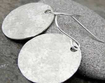 Silver Disc Earrings Hammered Silver Earrings Matte Rustic Circle Disc Earrings Textured Circle Earrings Gift for Her Minimalist Earrings