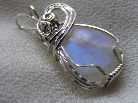 Sterling Silver Wire Wrapped Moonstone Pendant Beautiful Blue Flash