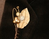 6 Guitar String Boutonniere - Metallic Gold Glam