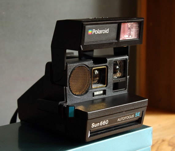 working polaroid sun 660 autofocus camera. Black Bedroom Furniture Sets. Home Design Ideas