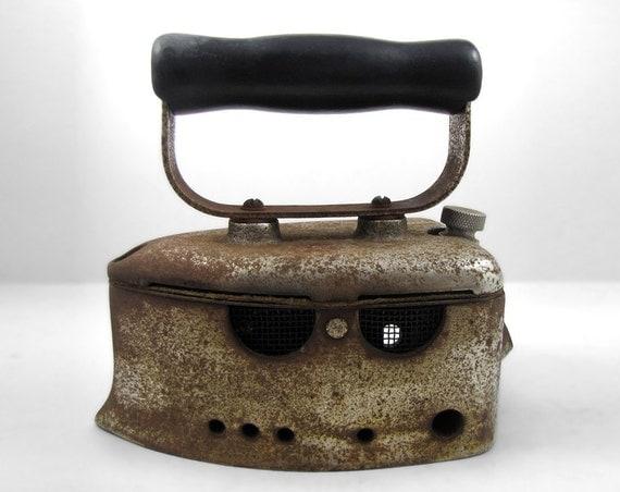 Antique Charcoal/Box Sad Iron