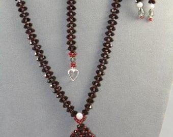 Swarovski crystals necklace, bracelet, earrings - set red burgundy