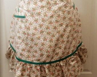 Vintage Green Paisley Ruffled Apron - 1940s