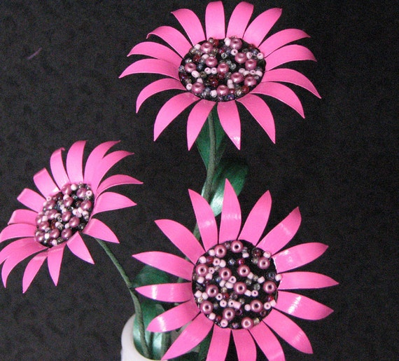 Metal Flowers Pink Trio of Daisies