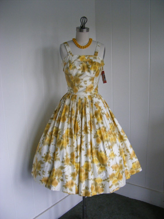 1950 Vintage Yellow Floral Brushstroke Cotton Summer dress