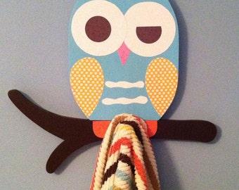 owl towel rack owl bathroom decor kid's towel rack owl nursery decor room decor kid's bathroom wall hanging owl wall art owl baby gift