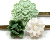 Hair Pins Flower Light Green Forest White . GRANDMA'S LACE - Free Shipping